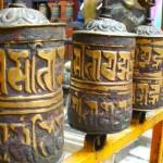 Buddhistische Gebetsmühlen im Golden Temple in Patan